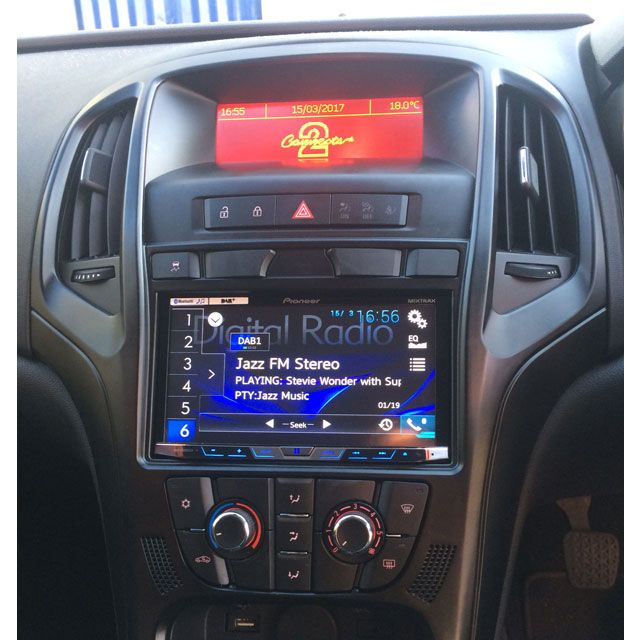 pioneer avh x5800dab installed in vauxhall astra j. Black Bedroom Furniture Sets. Home Design Ideas