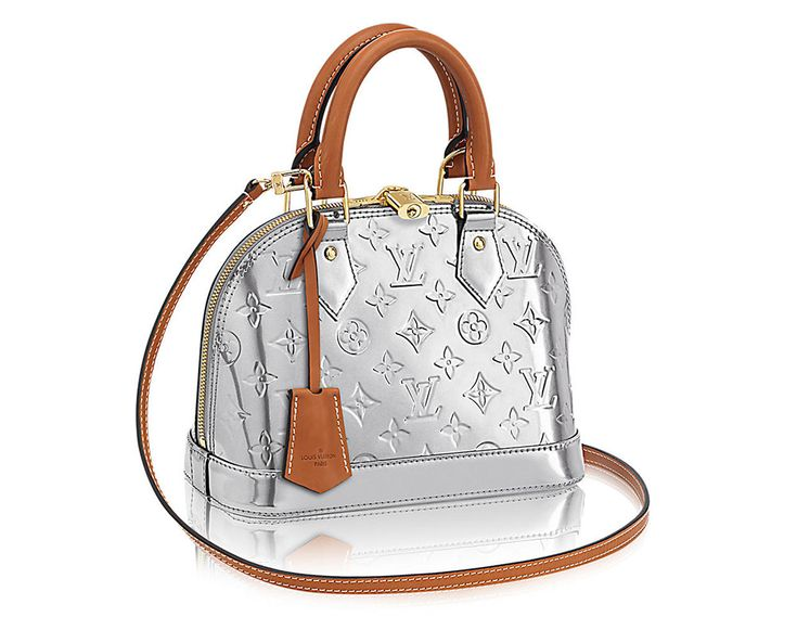 Metallic Silver Bags are Fall 2017's Most Versatile Color Trend