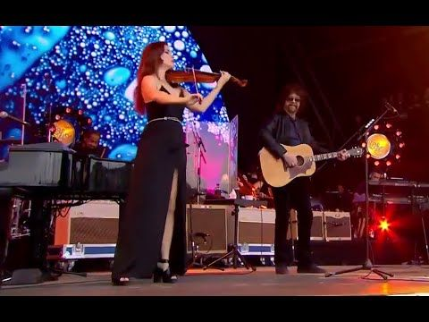 Livin' Thing Jeff Lynne's ELO Live with Rosie Langley and Amy Langley, G...