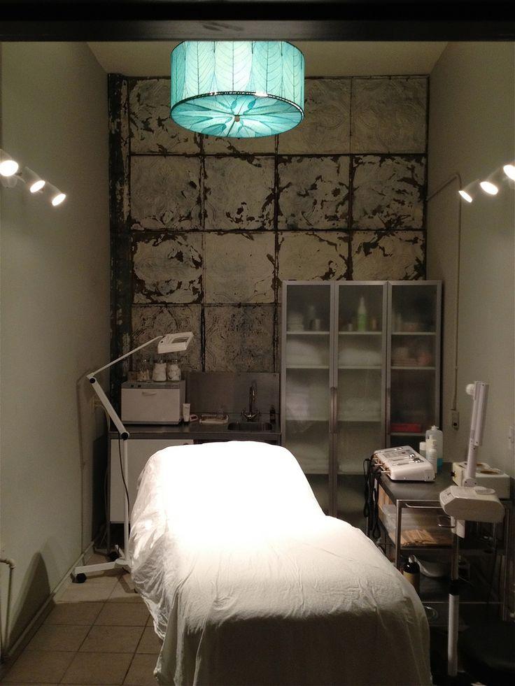 Treatment room spa design inspirations pinterest - Salon design for small spaces decor ...