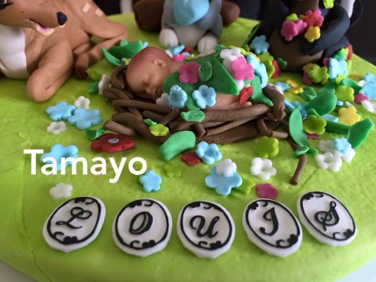 Bambie baby fondant cake