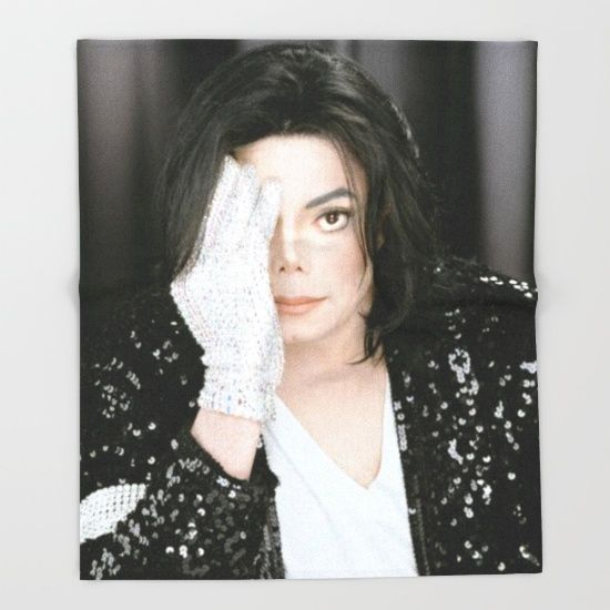 Michael Jackson. Our seriously soft throw blankets are available in three sizes and feature vividly colored artwork on one side. Made of 100% polyester and sherpa fleece, these might be the softest blankets on the planet, so get ready to cozy up. They can be machine washed separately with cold water on gentle cycle. Tumble dry on low heat setting. Do not iron or dry clean.