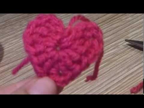 ¿Cómo tejer un corazón a crochet? - YouTube