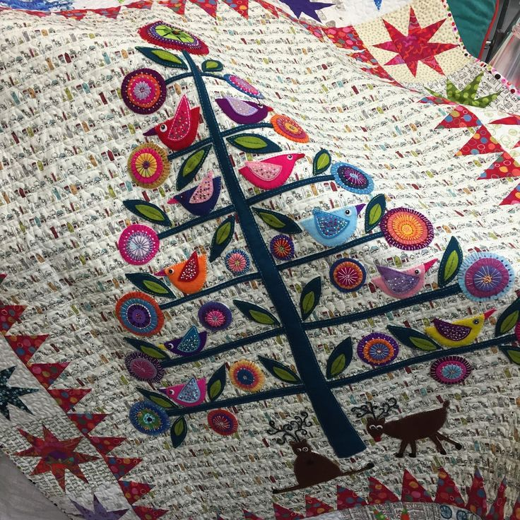Oh Christmas Tree:  quilt by Wendy Williams.  Photo by PatchworknPlay.
