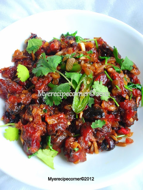 Indo-Chinese Chilli Mushrooms {Via My(e) Recipe Corner}