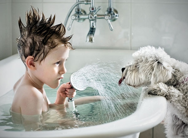 lllllluuuuuuuuuuu..... i m not coming in: Photos, Animals, Dogs, Pets, Kids, Boy, Friend, Photography, Bath Time