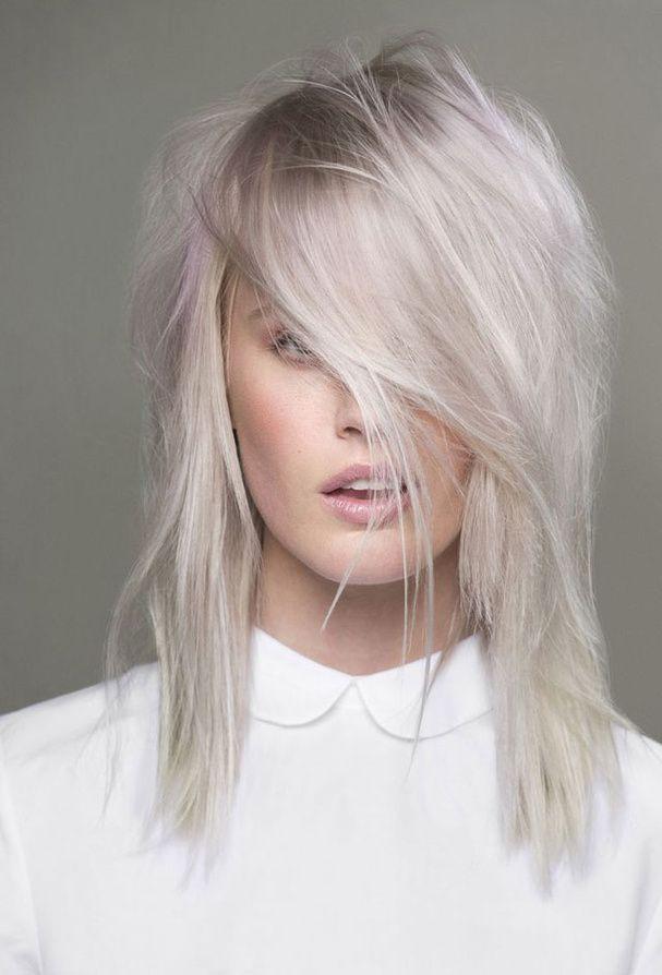 Le blond effet gris:                                                                                                                                                                                 Plus
