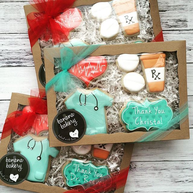 Thank you boxes for a team of nurses and doctors!! #medical #doctor #nurse #scruba #thankyou #sugarcookies #decoratedcookies #sugarcookies #bananabakery
