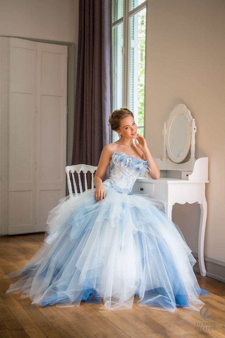Robe de mariée romantique de couleur bleue