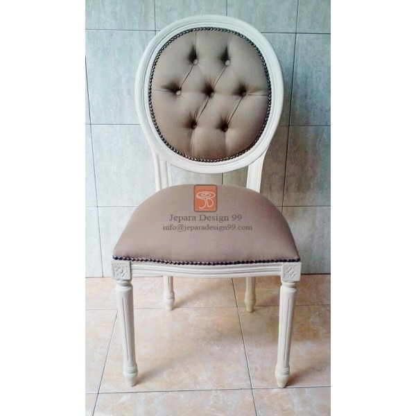 1000 Images About Aisle The King S Chairs On Pinterest