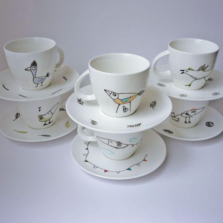 Puesto de café o té (taza 220 ml y plato de 15-16 cm): $85.000 envío no incluido. Juego de seis: $485.000, envío no incluido