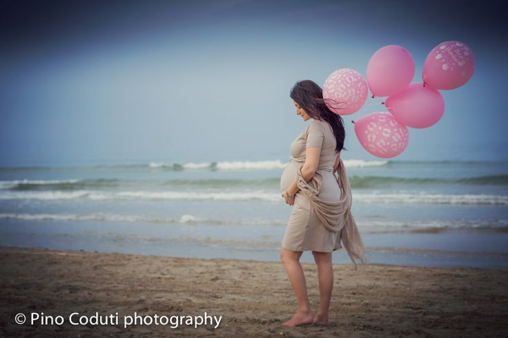 maternity photoshoot on the beach | Pino Coduti photographer