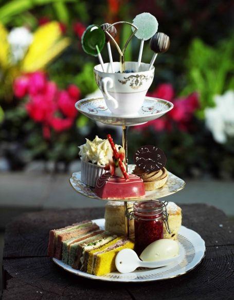 Mini Idea: Tea Party, Tea Time, Teaparty, Mad Hatters, Hatter Tea, Hatters Tea, Tea Parties, Afternoon Tea, Party Ideas