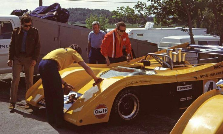 M20 1972 Team McLaren.  JYS name on # 4  Peter Revson in Brown jacket took over the ride!