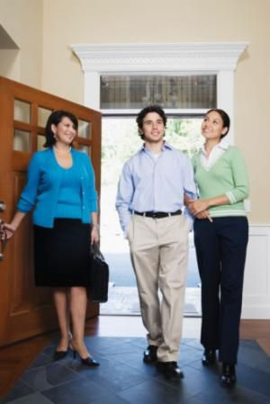 Website displaying questions that would typically be asked at an interview to become a real estate agent or an apprentice. Going over these questions before hand may help you be prepared for the interview.
