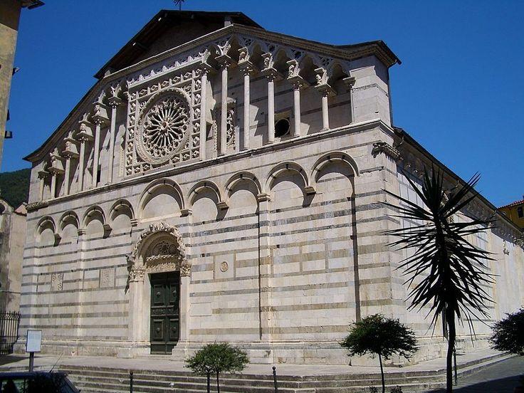 Carrara Cathedral  http://www.charminly.com/discovering-pietrasanta-and-carrara/