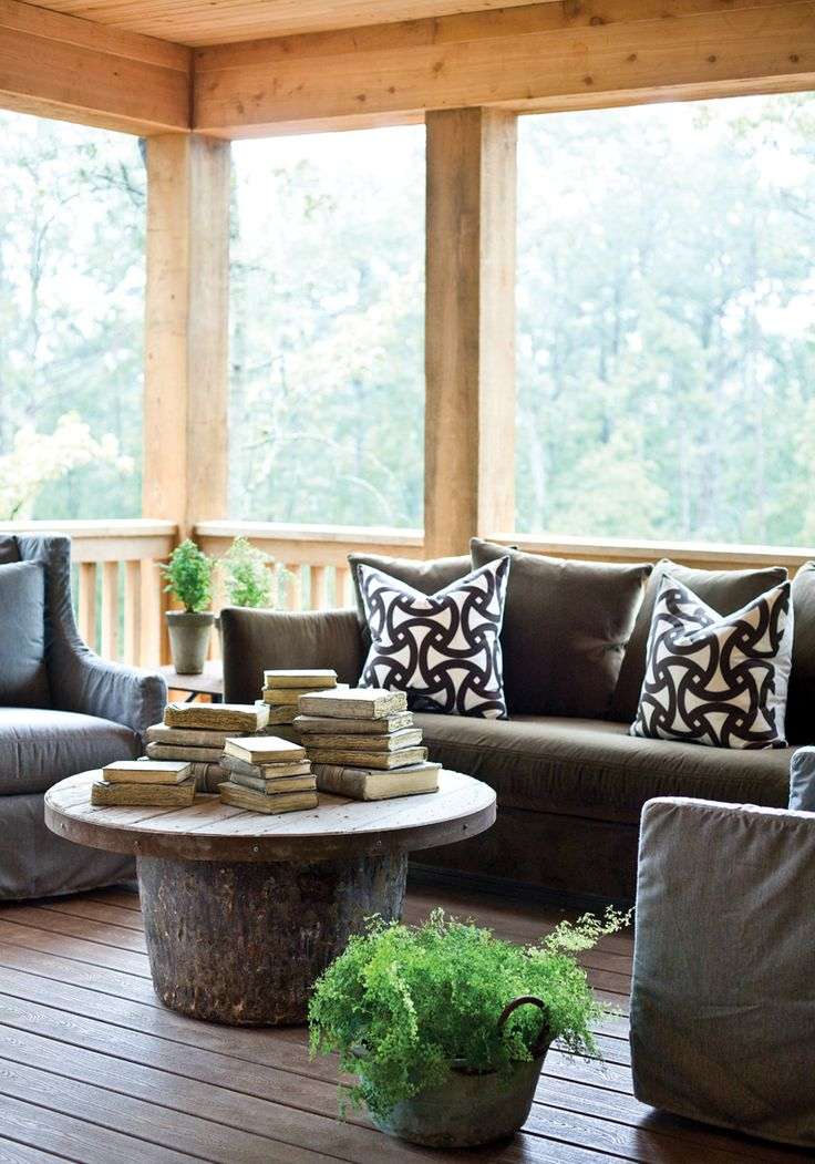 I adore everything about this sunroom. Wish I had a sunroom.