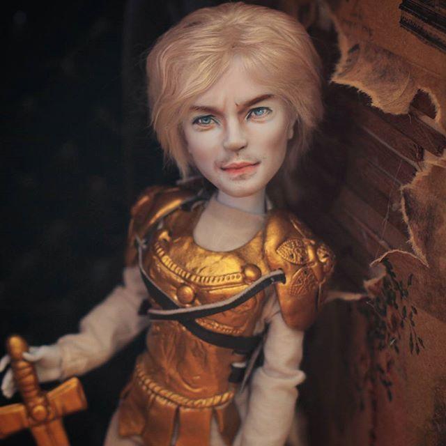 Факир был пьян и фокус не удался.  Не фига это не Джейми Ланнистер#хобби #рисую #ооак #куклы #monsterhighrepaint #monsterhighcollection #dolls #монстрхай #ooakdoll