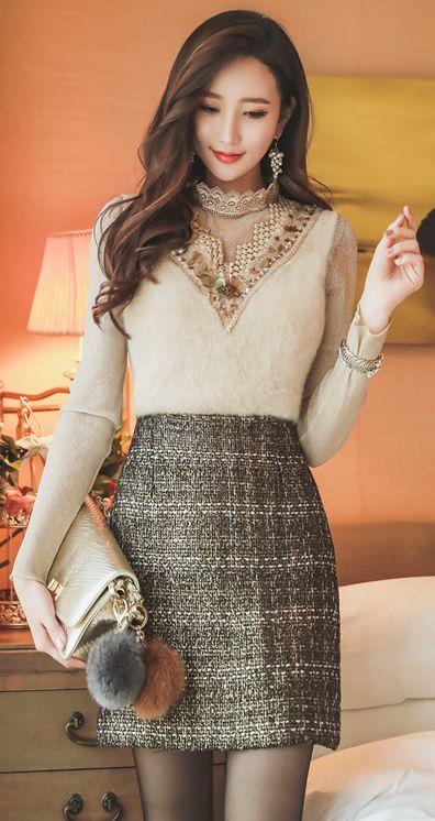 StyleOnme_Metallic Stitching Tweed Mini Skirt #elegant #chic #fallfashion #kstyle #tweed #skirt #koreanfashion #seoul