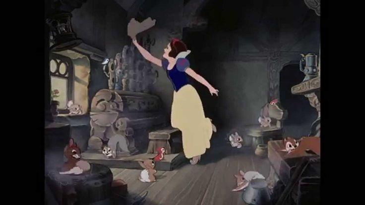 Sneeuwwitje & De Zeven Dwergen | Liedje: Fluitje Van Een Cent | Disney BE