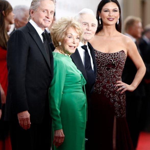 2009: Michael Douglas, Anne Buydens, Kirk Douglas and Catherine Zeta-Jones at the American Film Institute Life Achievement Awards honoring Michael Douglas
