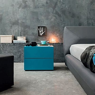Bright coloured, minimalist Bedside 'Rizzo'. Flamboyant, beautiful and original. My Italian Living.