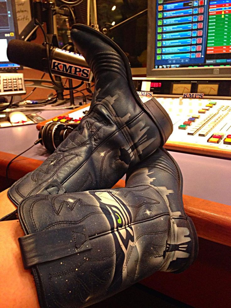 Go Seahawks! Hand painted Seattle Seahawk cowboy boots!