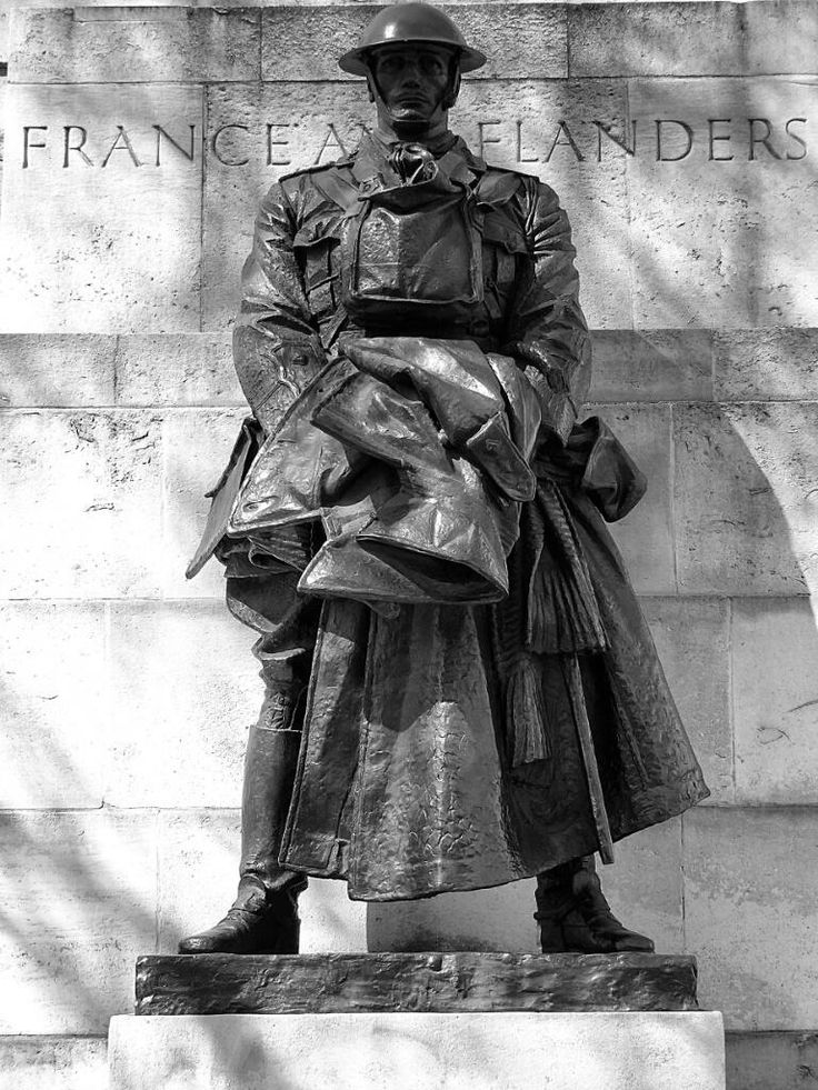 Royal Artillery Memorial, Hyde Park. Designed by Charles Sargeant Jagger, who had served in The Artists Rifles.