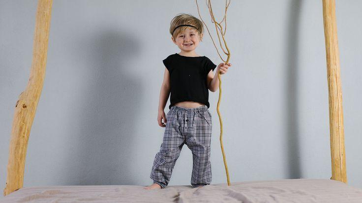 Pants CIRCUS GRAY – Pan Pantaloni Summer Tribes 2015 collection for kids, light cotton pants. #fashion #kids #natural #summer #grandbazaar