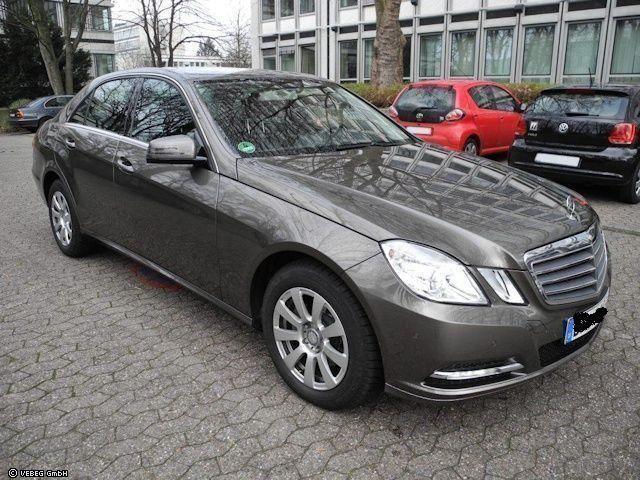 Mercedes-Benz E 220 CDI DPF BlueEFFICIENCY