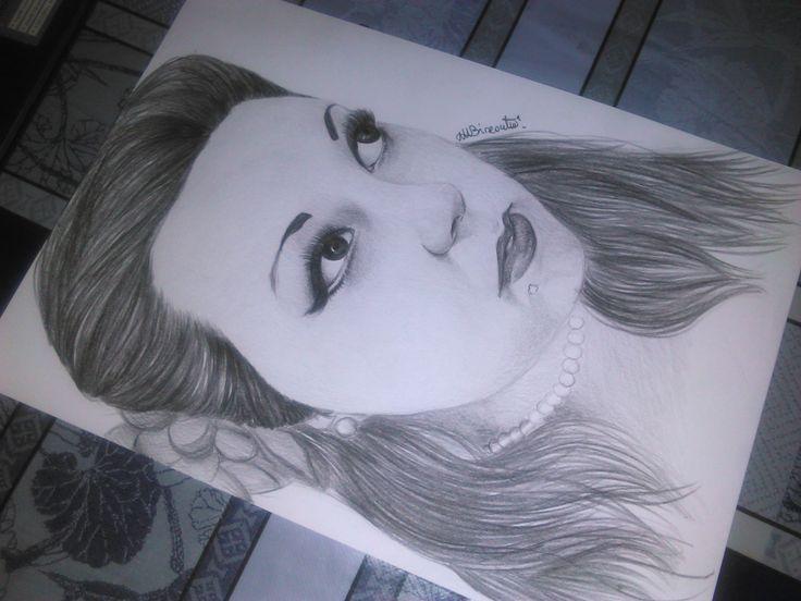 #drawing #portraits #youtuber #italian #tryllona #trylly #tryllona87