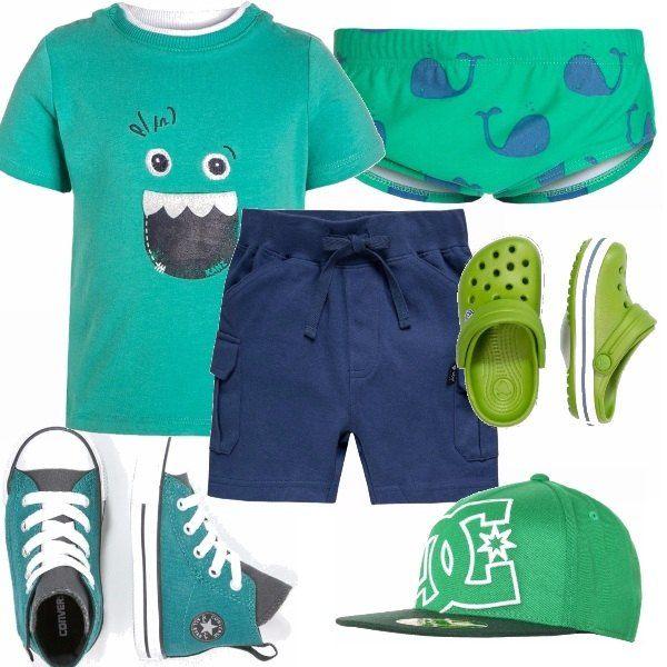 Outfit pensato per il divertimento nel parco oppure al mare, maglia green con stampa, bermuda navy e pantaloncino con fantasia marina. Il tutto abbinato a delle bellissime sneakers alte oppure a delle ciabattine Crocs.