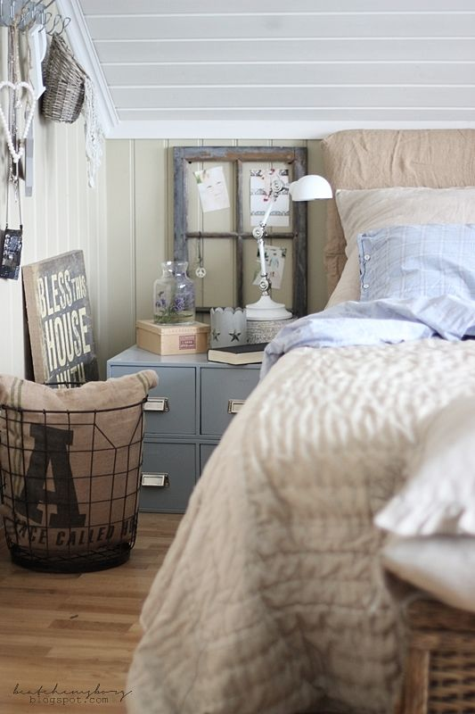delightful norwegian attic room via beatehemsborg // DIY | Burlap Headboard
