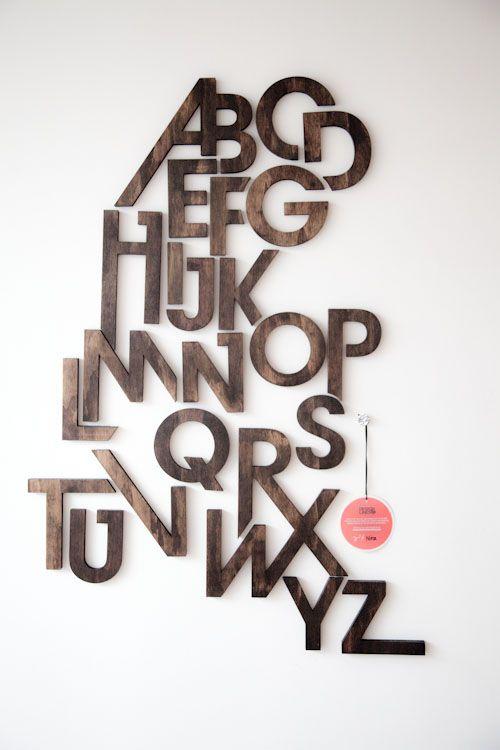 Wood alphabet | Letras de madera