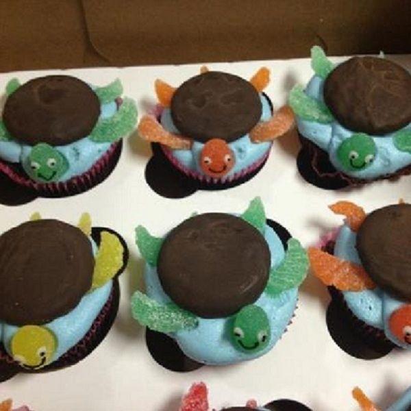 Turtle Cupcakes @Bridget DeSandis --- right up your alley! :)