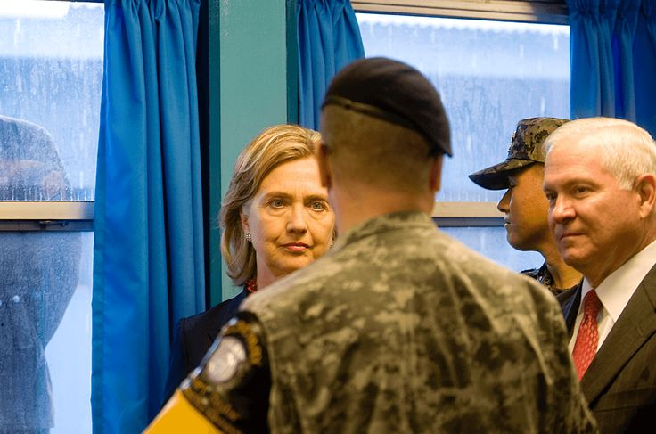 Navy Seal Confronts Hillary Clinton – 'You Are An Ignorant Liar' | MrConservative.com | Mr. Conservative is the top website for news, political cartoons, breaking news, republican election news, conservative facts and commentary on political elections