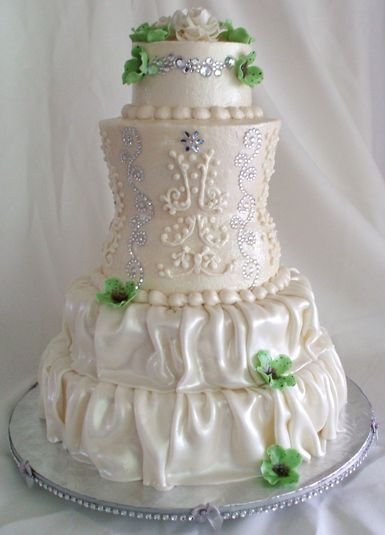 17 best images about bridal shower cakes on pinterest for Wedding dresses harrisburg pa