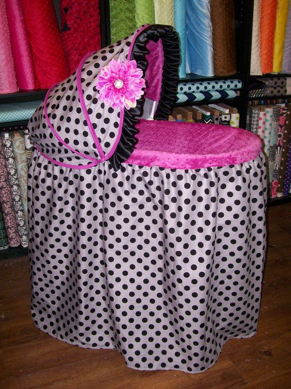 This is so cute ! Gray With Black Dots Bassinet Cover by QuinnsQuilts on Etsy