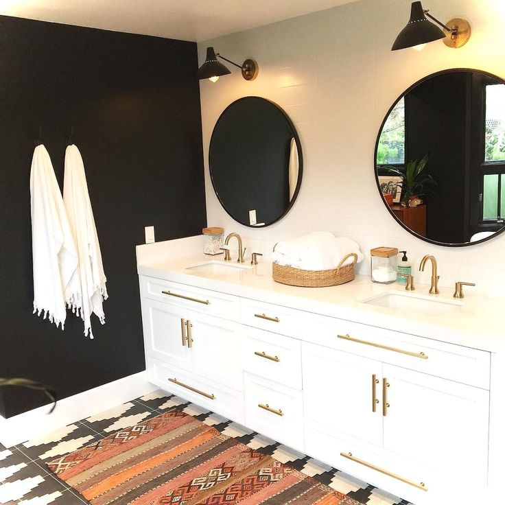 Awesome 99+ Luxury Black and White Bathroom Ideas https://lovelyving.com/2017/12/17/99-luxury-black-white-bathroom-ideas/