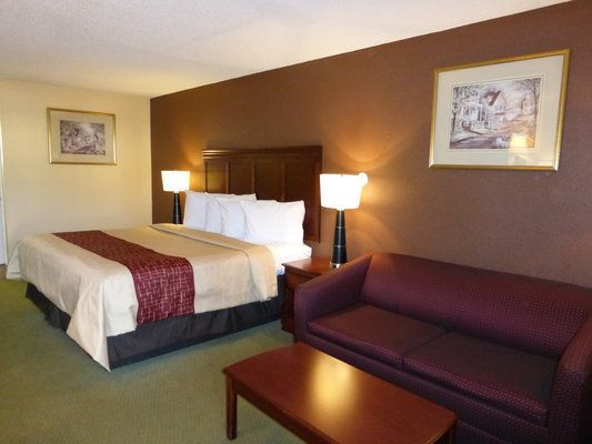 Affordable, Pet Friendly Hotel In Cleveland, TN. RED ROOF INN U0026 SUITES