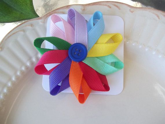 A Darling gift for a Daisy Scout! Daisy Petal Hairbow by birdylu on Etsy, $4.00
