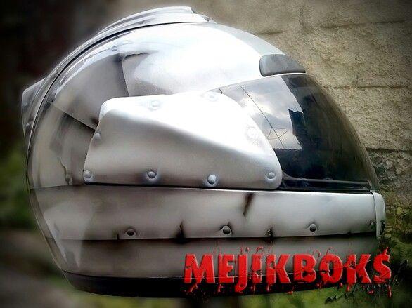 Tin helmet 7