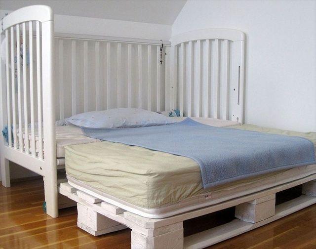 25 best ideas about kids pallet bed on pinterest pallet for Kids pallet bed