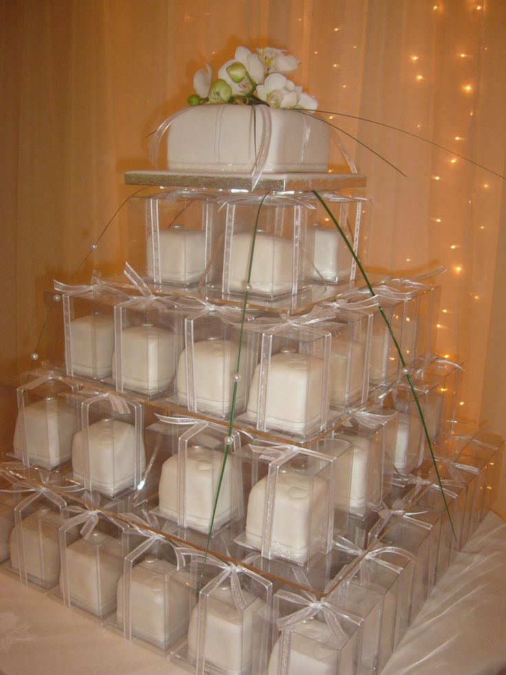 Orchid individual cakes