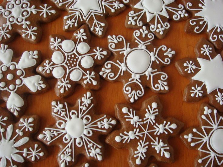 Snowflake Cookie Decorating Inspiraton
