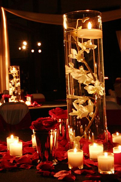 Clear glass cylinders wedding centerpiece ideas