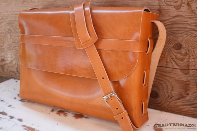 Messenger Bag (tan - large) by CHARTERMADE on hellopretty.co.za