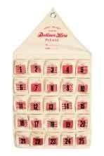 Kalendarz adwentowy: Kalendarz adwentowy z bawełnianego płótna z małymi przegródkami i z nadrukiem tekstowym. U góry oczko do zawieszania.