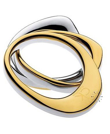 Δαχτυλίδι από ανοξείδωτο ατσάλι της Calvin Klein  Τιμή: 88€  http://www.kosmima.gr/product_info.php?products_id=18590