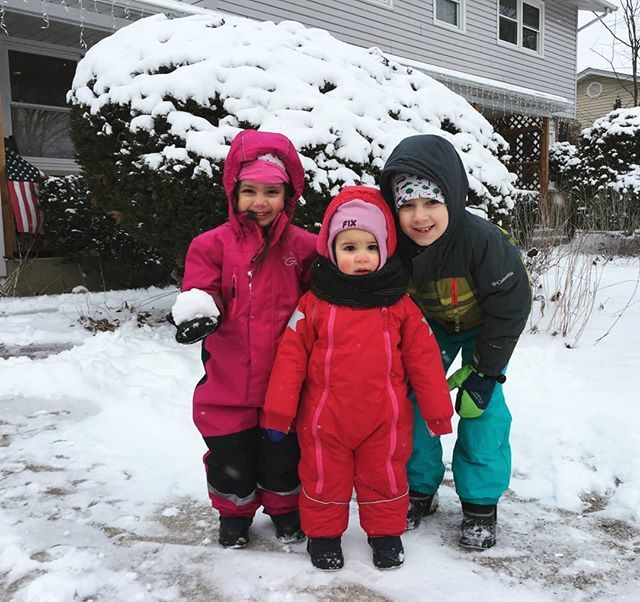 . these littles  good thing we have lots of Swedish snowsuits and hats to keep them warm in the 16 degree winds . . . . . #livevibrantly #nature #survival #freedom #unplugged #livegreen #wellbeing #sustainability #mlk #bethechange #quoteoftheday #pretendplay #momlife #thebest #truth #activist #momming #adulting #respect #dailylook #familyfirst #bblogger #honestlyparents #huffpost #buzzfeed #shareit #chicagomom #momofthree